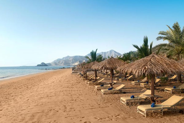 Best places to visit- Dadna beach Fujairah